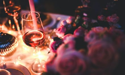 5 Creative Tips to Celebrate Your One Year Dating Anniversary