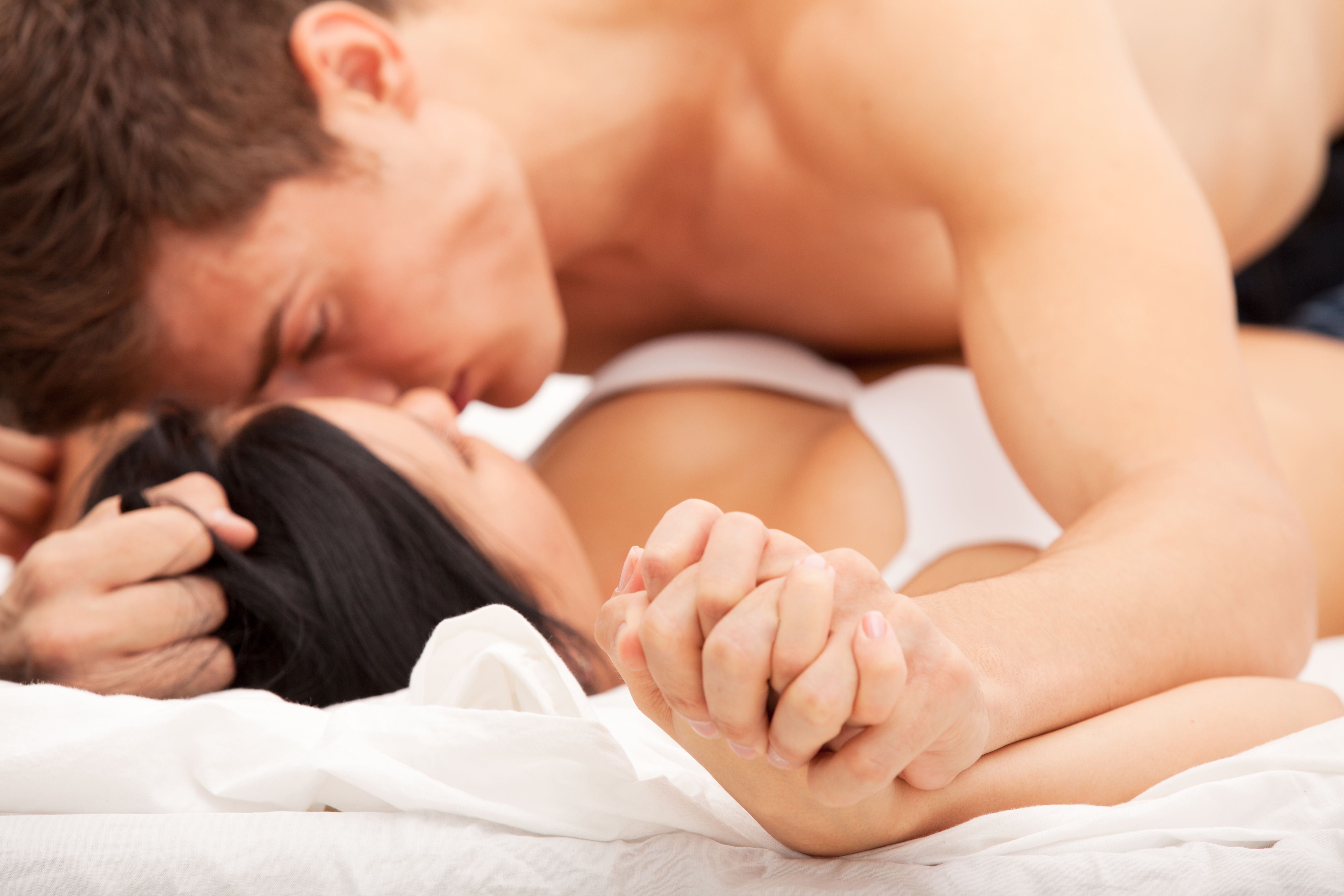 How To Become An Alpha Male In 8 Steps That Wins The Girl