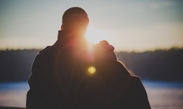Looking For Lasting Love?: Seven Strategies For Finding That Special Someone