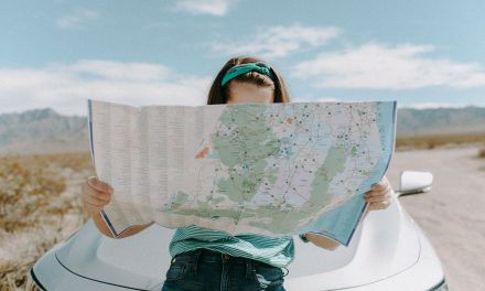 11 Tips for Women Traveling Solo [You'll Feel Like A Local!]